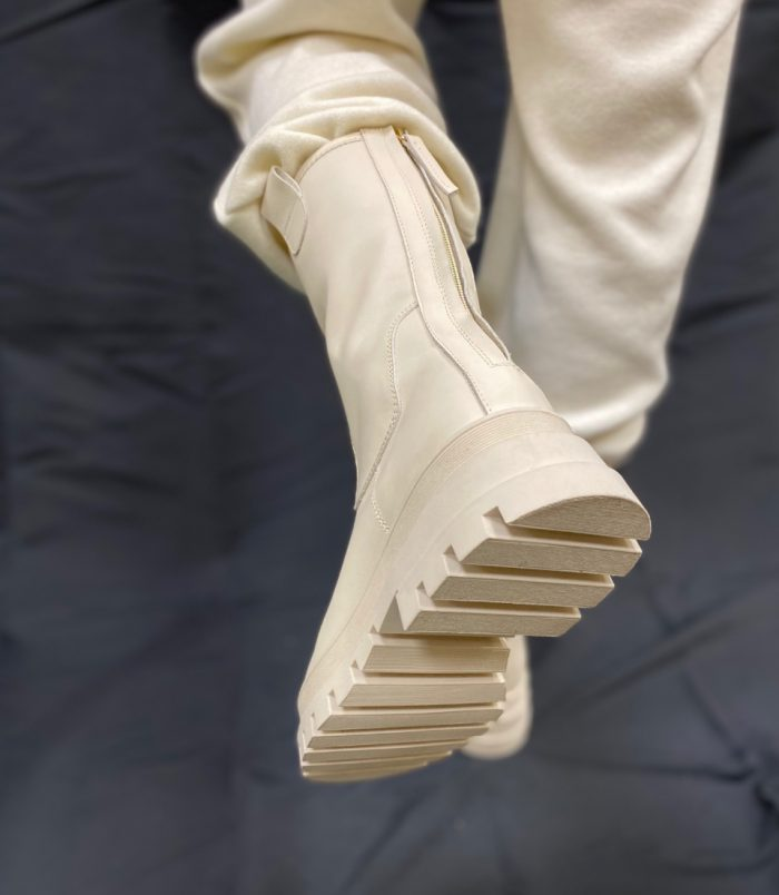 Stivaletto donna Made in Italy zip posteriore beige